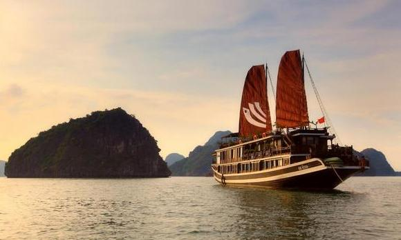 Halong Bay, Bhaya Cruise, India Holiday Options, Vietnam - Cambodia