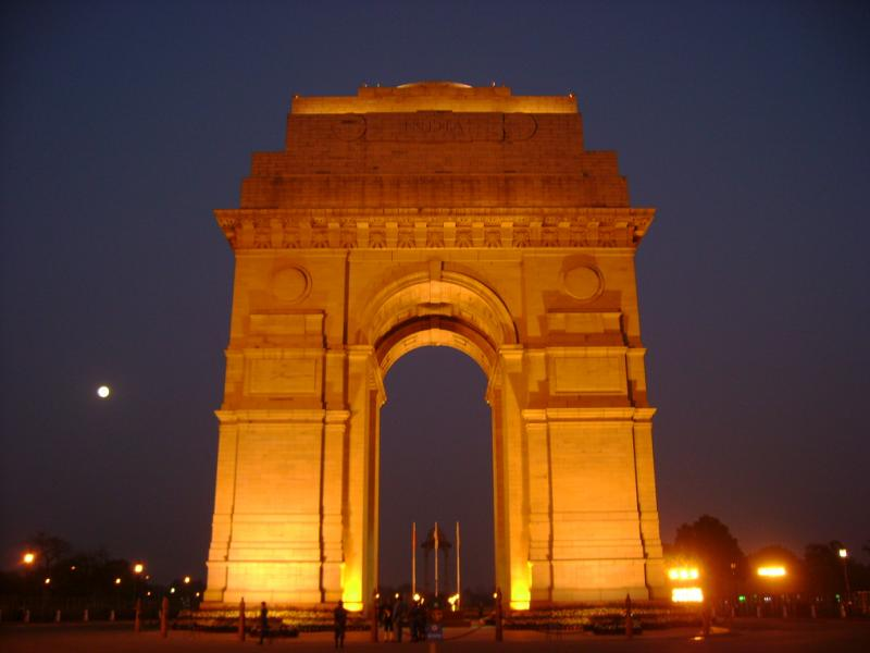 India Gate, Delhi, Golden Triangle, India Holiday Options, iToursWorldwide