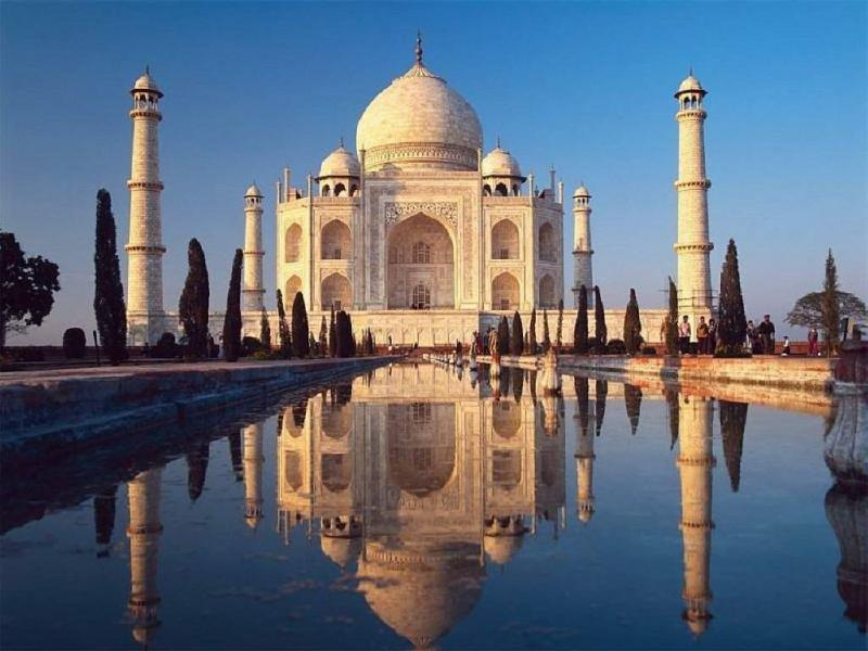 Taj Mahal, Agra, Golden Triangle, iToursWorldwide, India Holiday Options